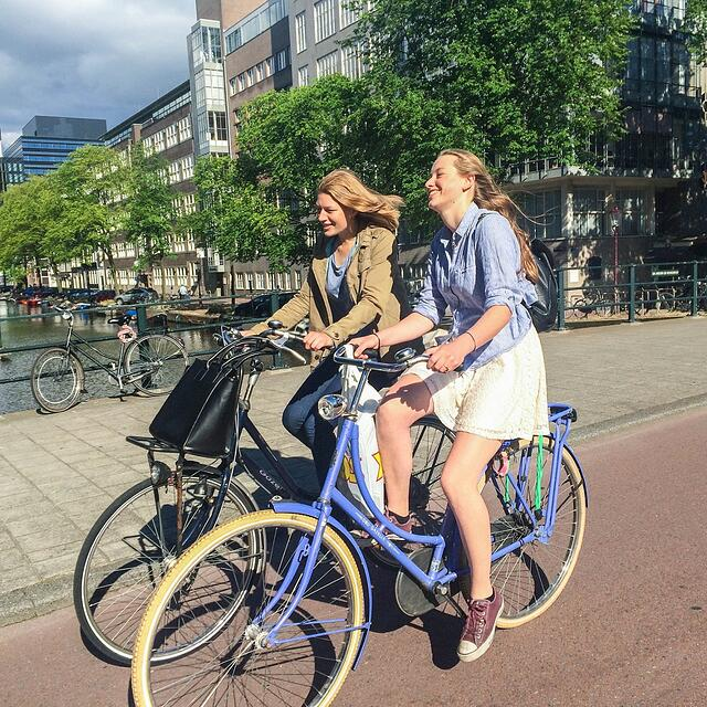 Amsterdam_BikingTogether.jpg
