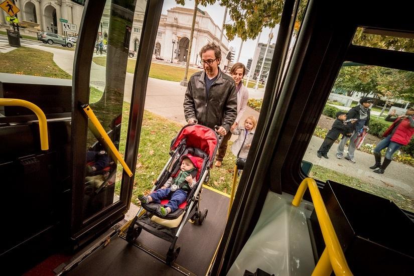 baby-stroller-bus-ramp