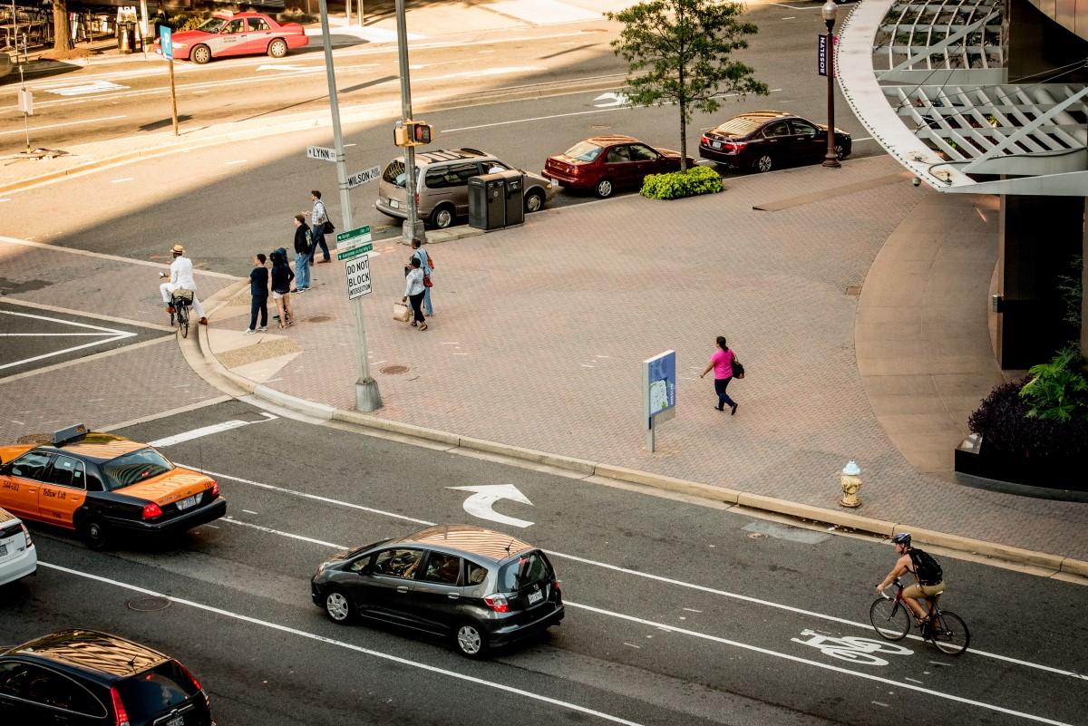 bike-lane-cars-side-by-side