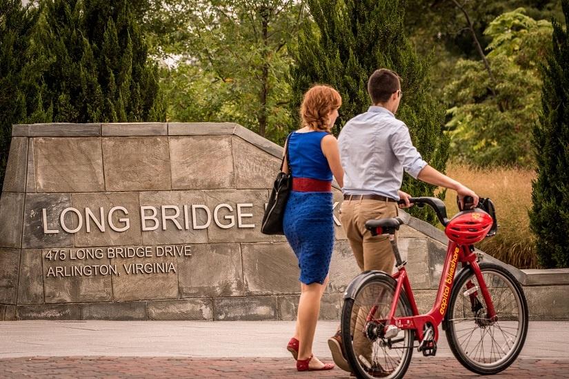 long-bridge-park-bike-walk