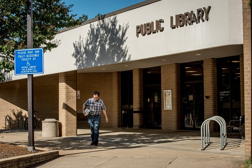 public-library-man-with-books