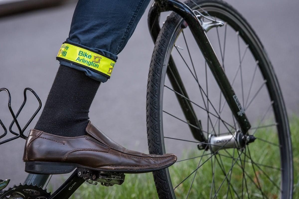 reflective-strap-on-pants-biking