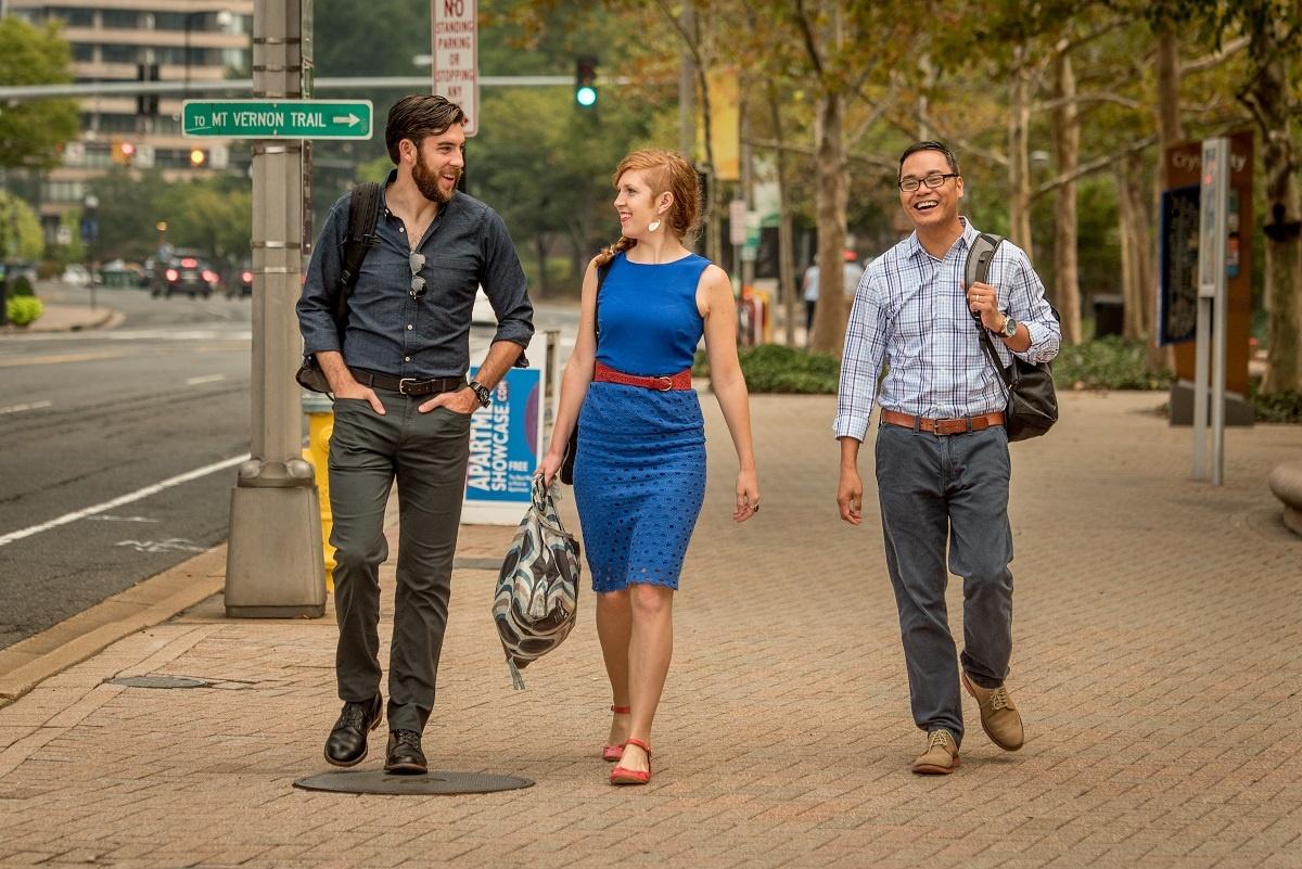 vanpool-riders-walking-crystal-city.jpg