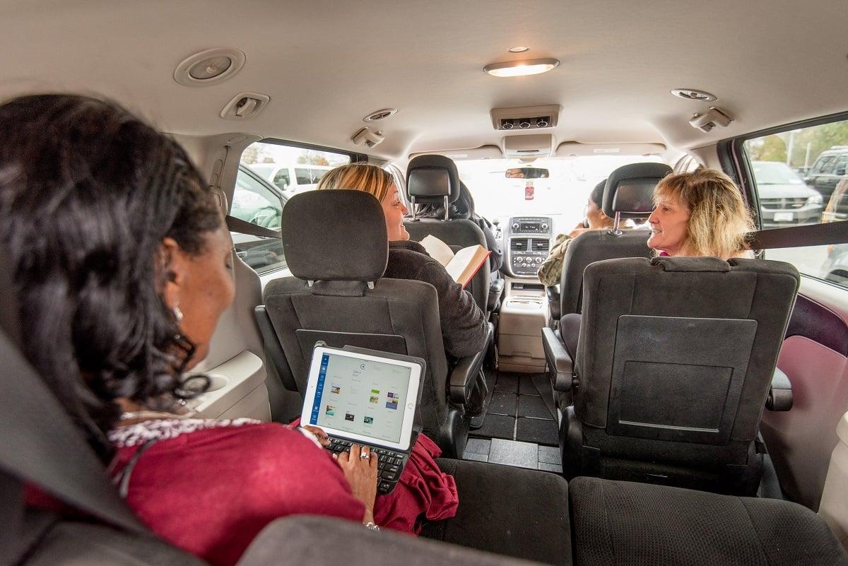 vanpoolers-spacious-commute