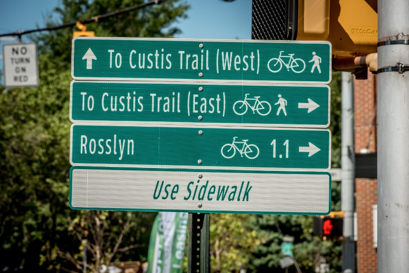 wayfinding-sign-rosslyn.jpg