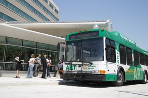 Bus in Shirlington