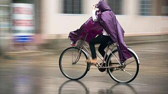 Biking in the Rain - from http://www.amateurendurance.com/cycling/article/rainy-day-cycling-tips/