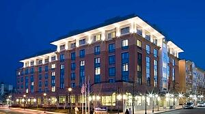 Property, Hilton Garden Inn Shirlington, first Arlington hotel, Best Workplace for Commuters