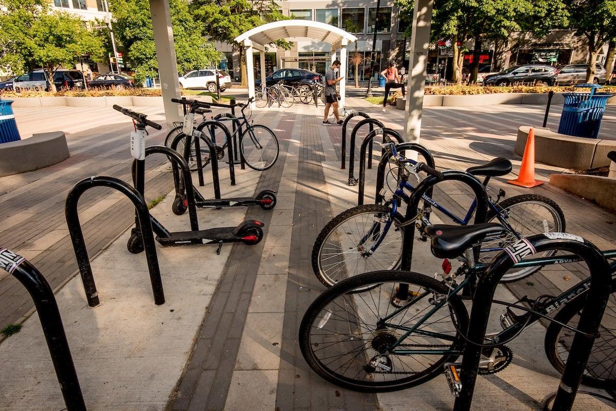 bike-parking-metro-station