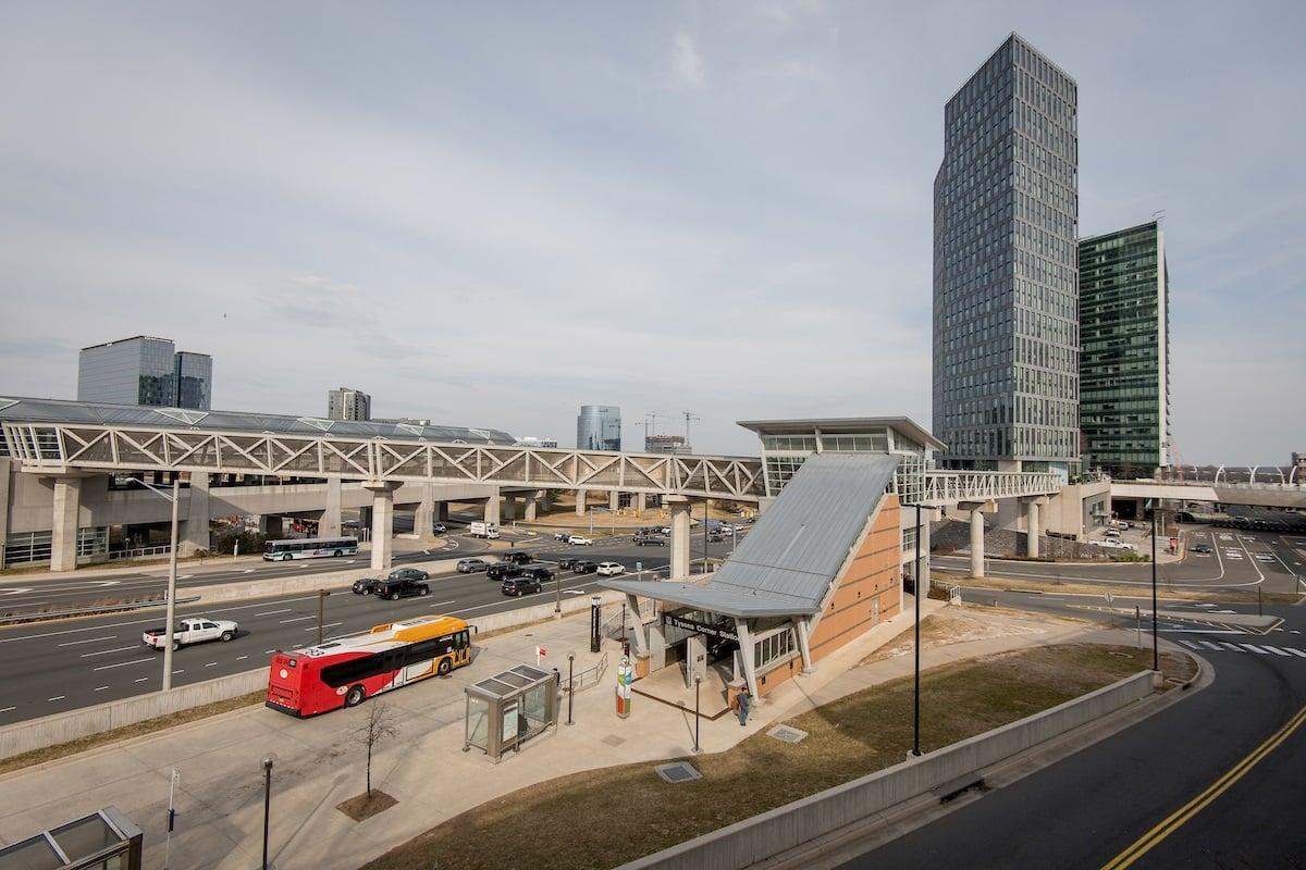 i66-building-wmata-bus