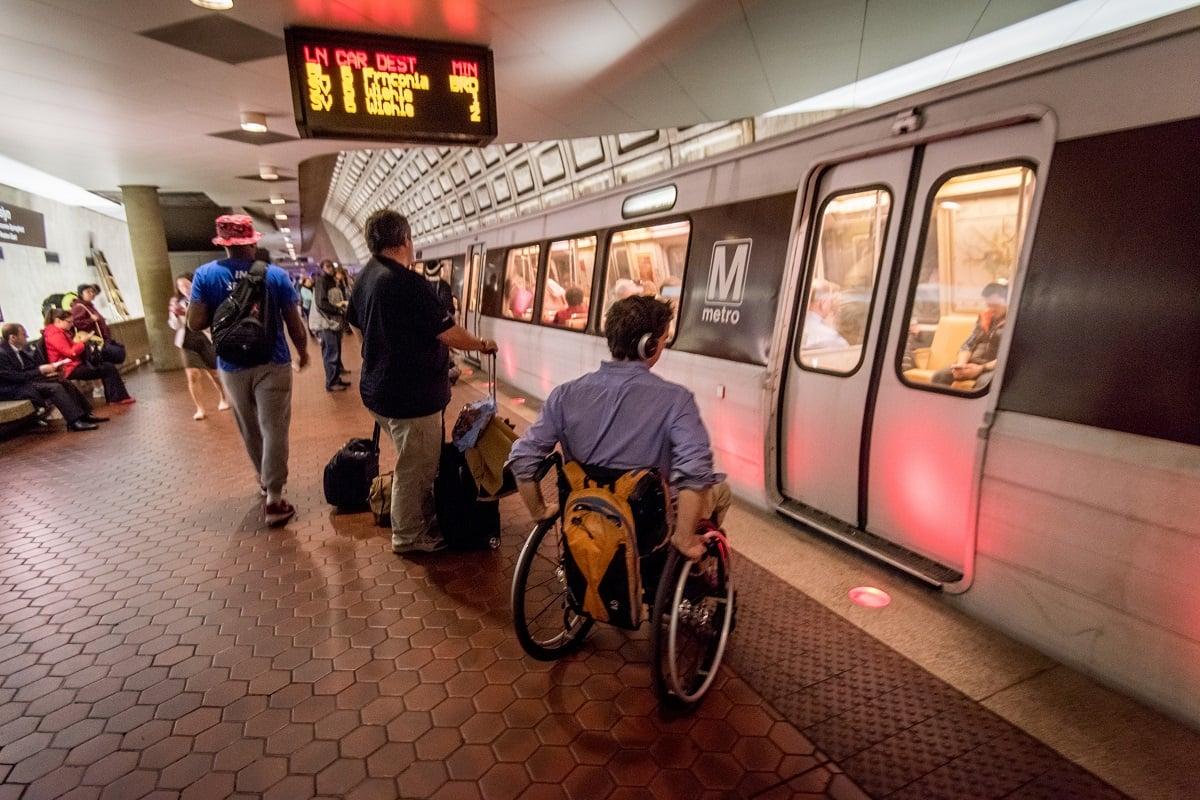 wheelchair-accessibility-metrorail